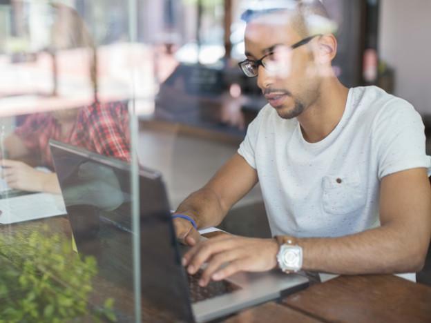 5-ways-side-hustle-helps-your-career-080515-624x468